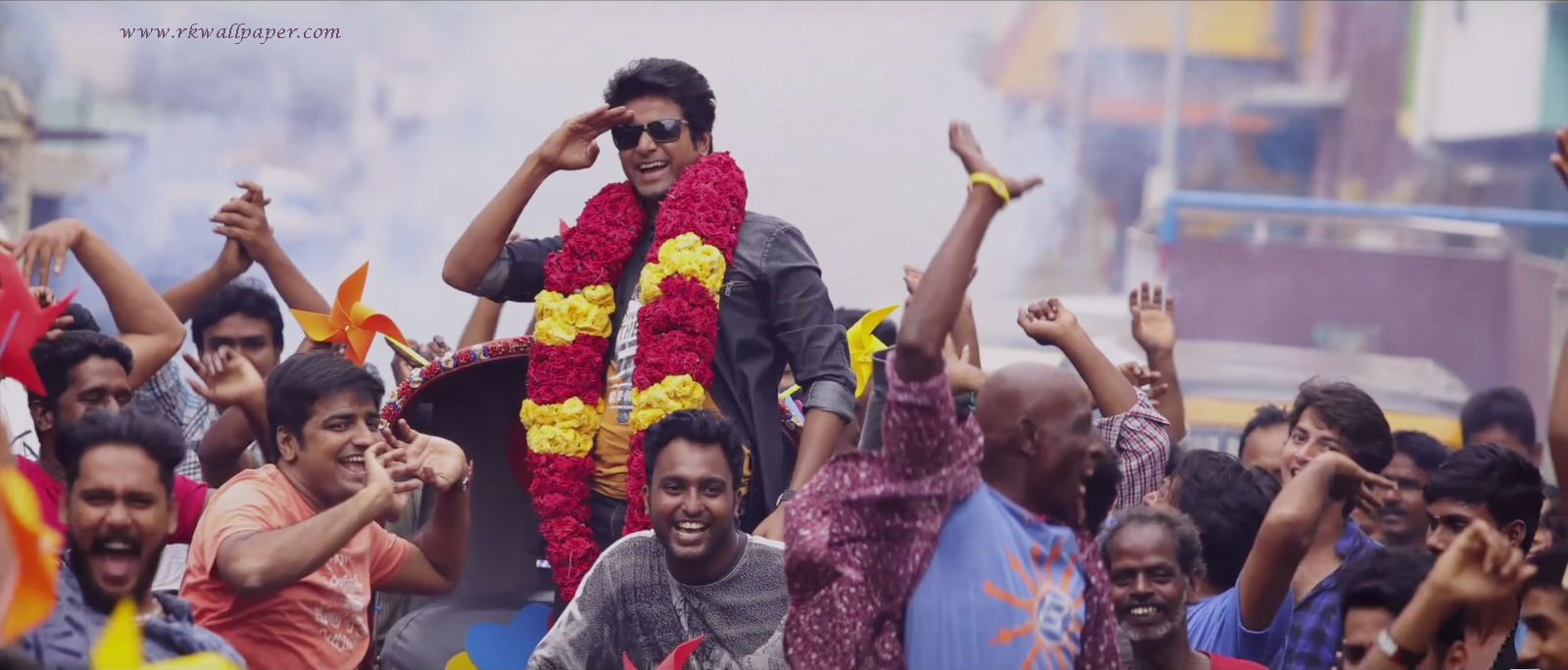remo-movie-actor-sivakarthikeyan-hd-wallpapers-1